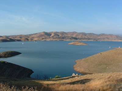Millerton Lake. Photo by Kjkolb wiki.