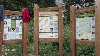 Information boards at Grays Peak Trailhead. Photo by Xnatedawgx, wiki commons.