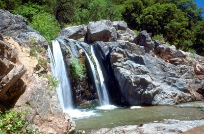 A waterfall on the South Fork Yuba River in South Yuba River State Park. Photo by USACE.