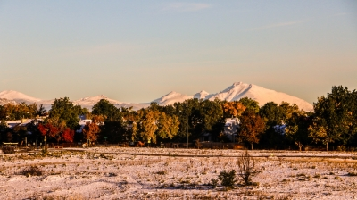 Three Seasons - Summer, Fall and Winter battle for control along the Front Range of the Rockies. Photo by Hans T. Reichgelt.
