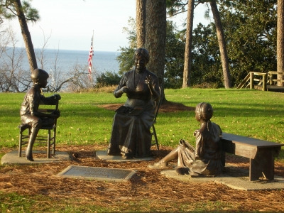 Marietta Johnson statue. Photo by Sherry Sullivan.