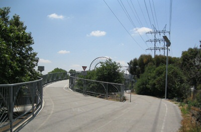 LA River Trail: Alex Baum Bicycle Bridge