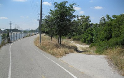 LA River Trail: Near the Verdugo Wash Confluence