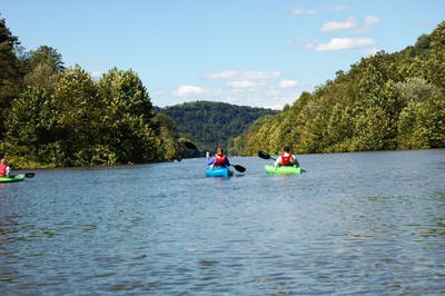 Paddlers on the Kiski-Conemaugh Rivers Water Trail