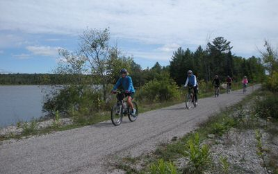 A group of bicyclists near Kleber Pond