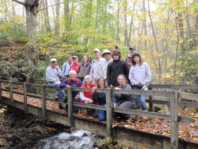 Trail group. Photo by Western Penn. Conservancy.