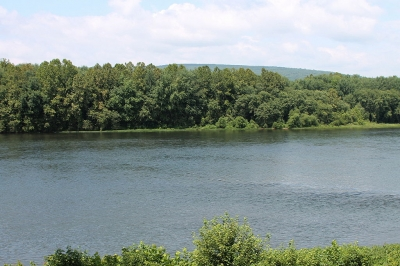 West Branch of Susquehanna River. Photo by Jakec wiki.