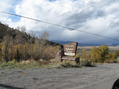 Fishlake National Forest Entrance. Photo by The Dye Clan wiki.