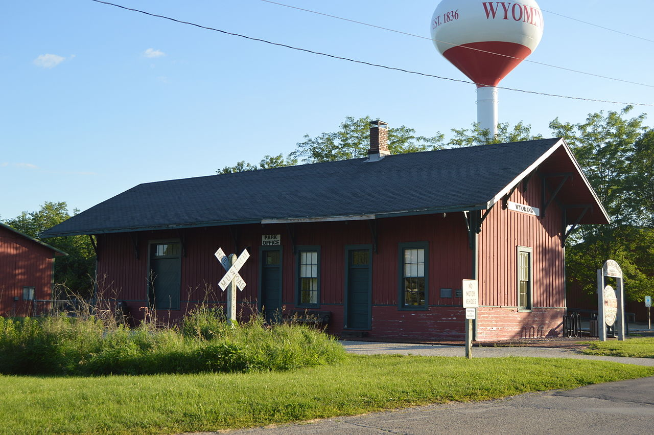 photo: Front and northern side of the Wyoming CB&Q depot along the Rock Island State Trail. Photo by Nyttend.