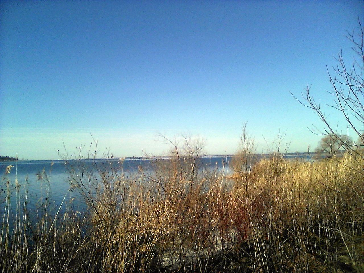 photo: Looking over Little Bay de Noc from Gladstone, Michigan, USA. Photo by San906/wiki.