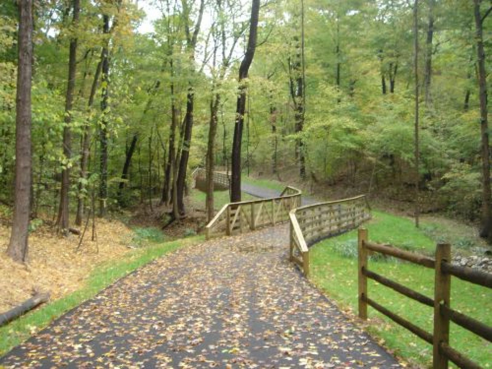 photo: Burdette Park-University Southern Indiana Pedestrian, Bicycle, and Nature Trail
